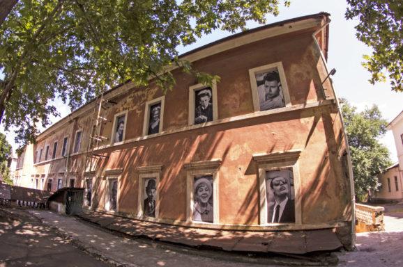 Створення open air інсталяції «Зірки світового кіно»