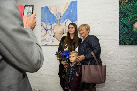 Відкриття виставки «GLAZA» художниці Марини Холодної