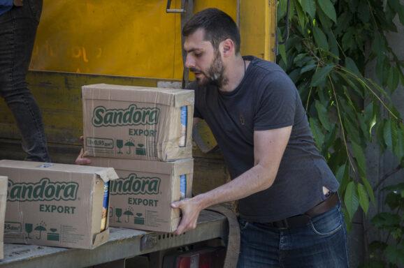 Передали лікарям понад 2000 упаковок соку